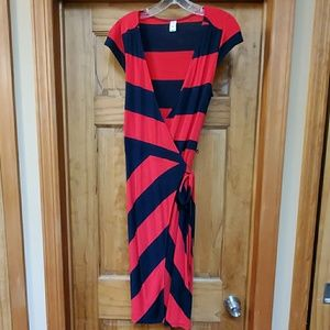 Old navy wrap dress size sm